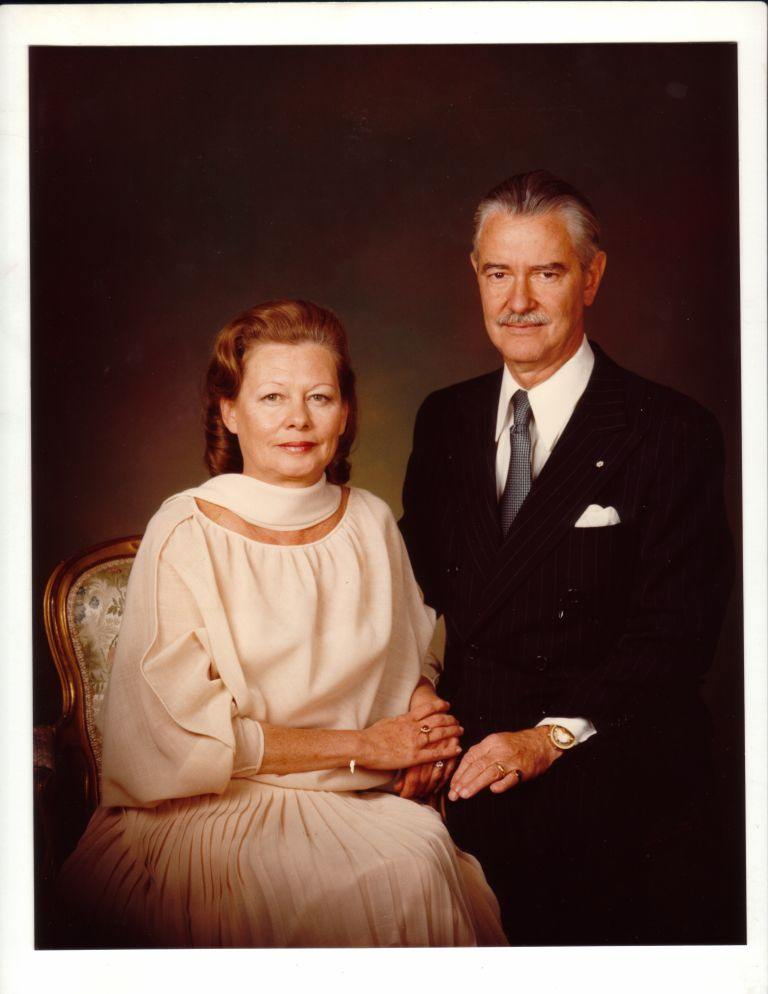 Liliane et David M. Stewart, 1981-1982.