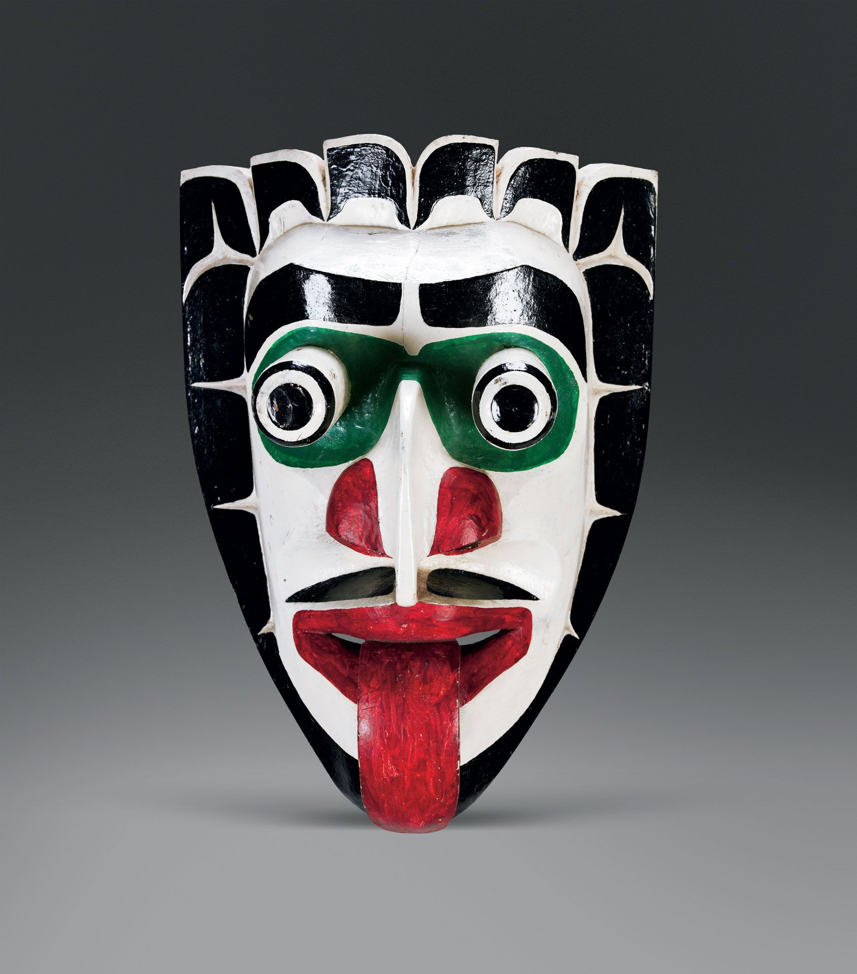 Willie Seaweed (Kwakwaka'wakw, Mamalilikala) (1873-1967), Xwexwe mask, before 1952, wood, paint, cotton fibre, 32.5 x 23.7 x 15 cm. Vancouver, Museum of Anthropology. Inv. A4165. Photo Courtesy of UBC Museum of Anthropology. Photo Kyla Bailey