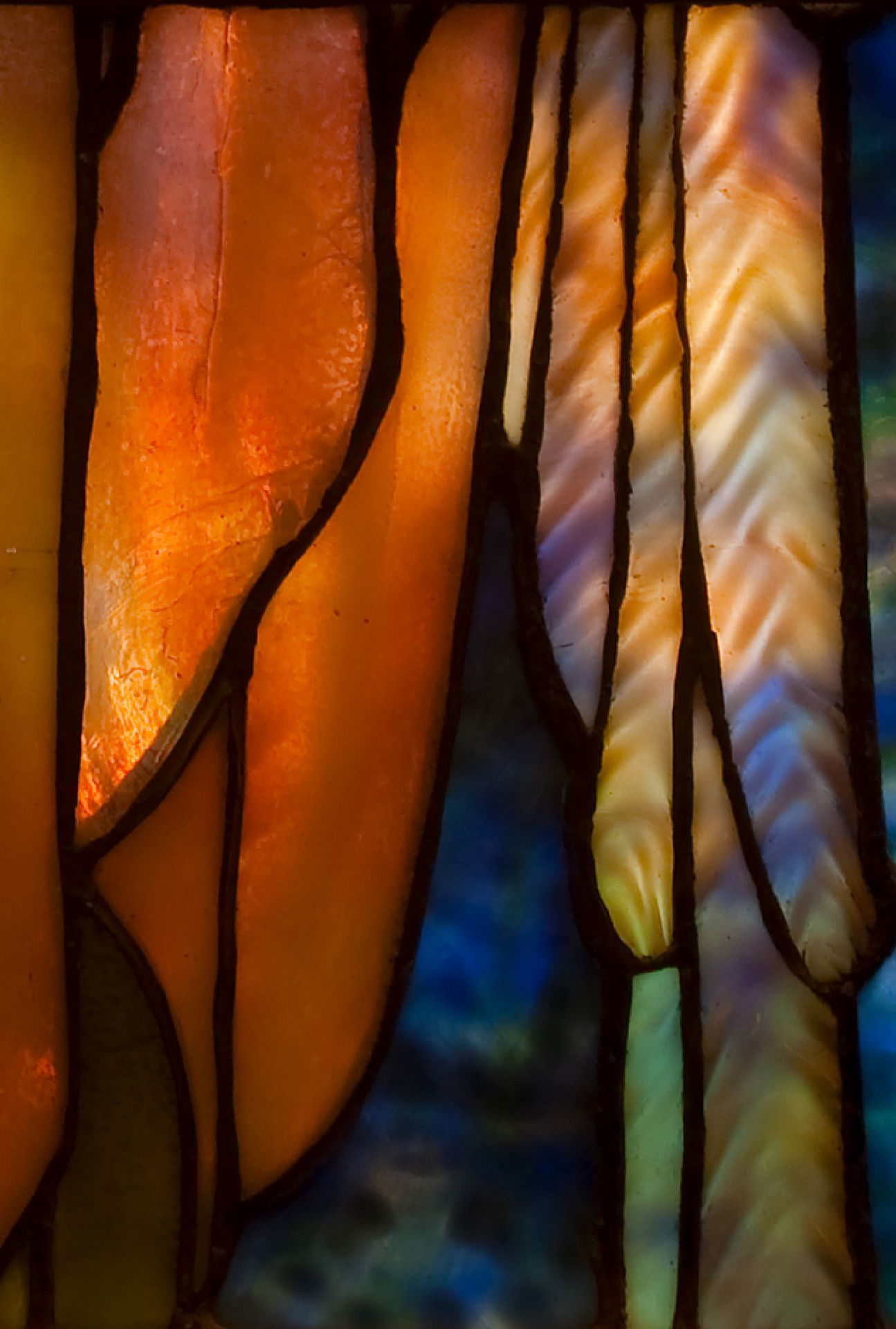 Angel of Glory stained-glass window by Louis Comfort Tiffany, 1902